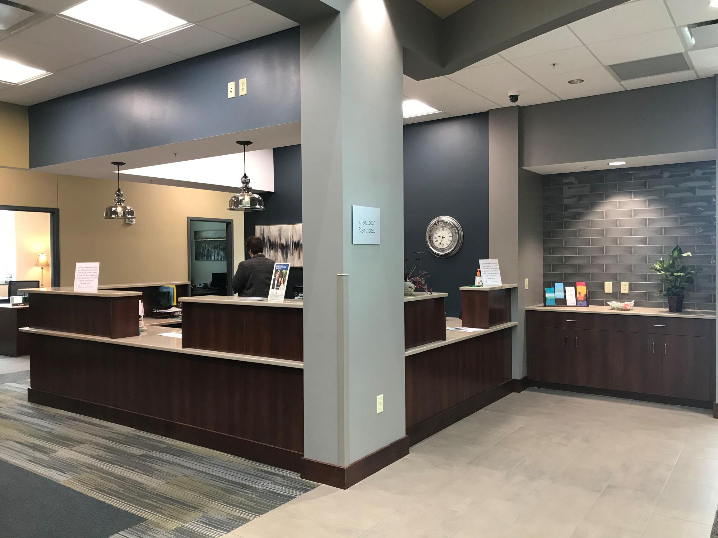 Cloverbelt Credit Union front desk