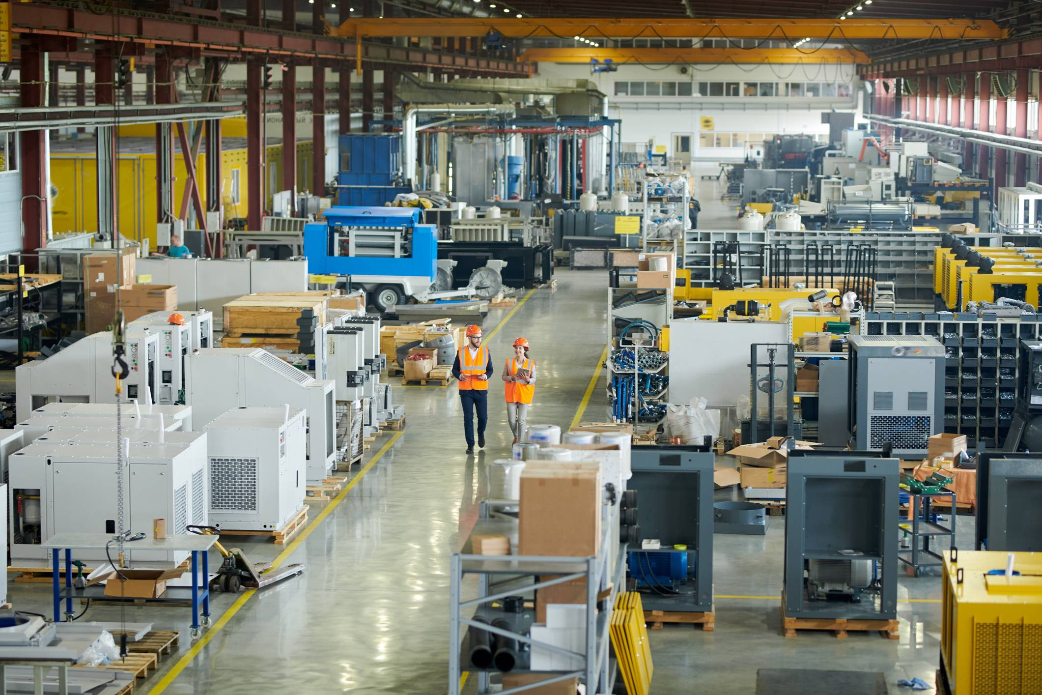 well-designed-constructed-clean-manufacturing-facility-with-workers-the-samuels-group